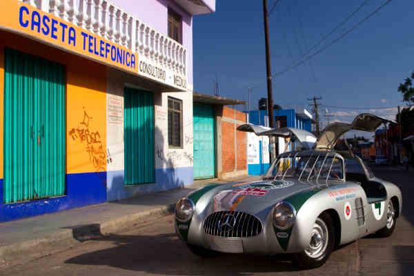 Mercedes Panamerican